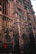 Страсбургский собор, часть фасада, которая поместилась в кадр