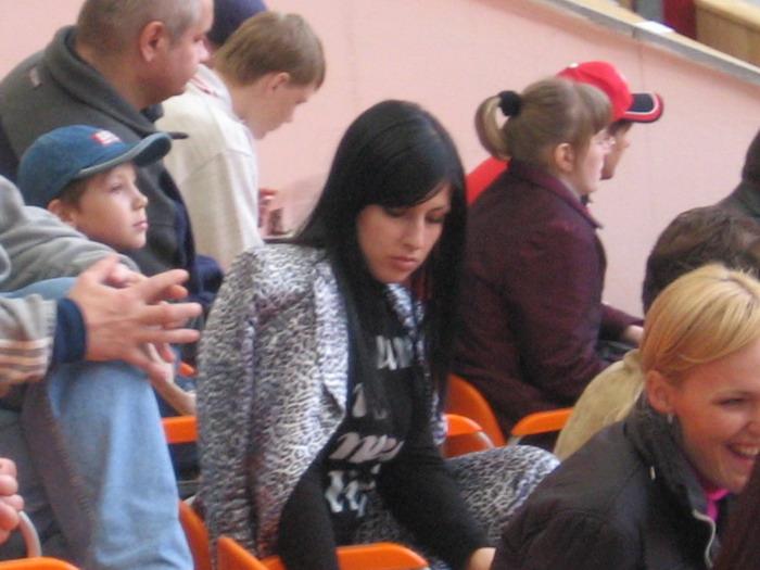 Devushka-na-matche-Spartak-Terek.jpg