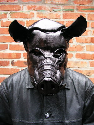 http://www.ljplus.ru/img/b/o/bob_basset/Black-Pig-1.jpg