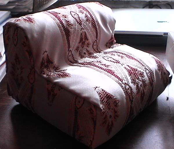 Мебель для кукол и не только Kreslo-017