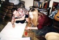 Как нарисовать афишу на деревянном планшет?