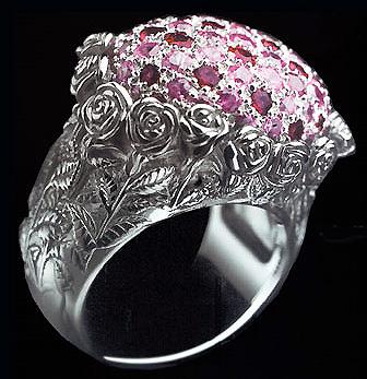 Помолвочные кольца из белого золота с бриллиантами цены