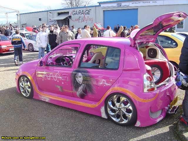 renault pink