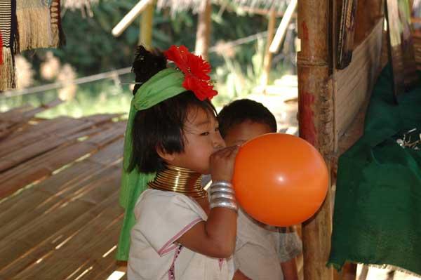 Девушка подмывается в деревне — photo 3