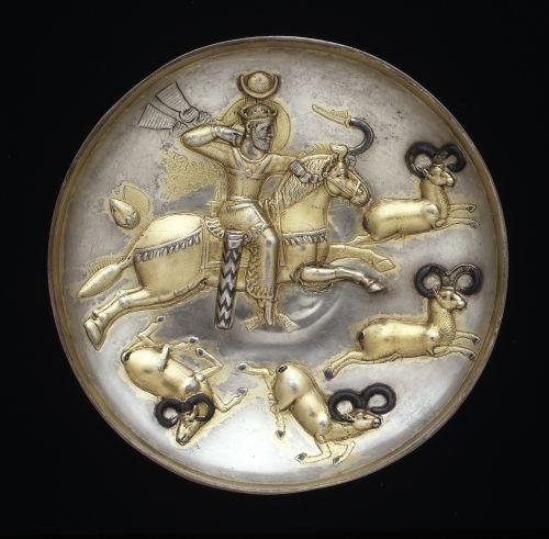 Сассанидские серебряные блюда с