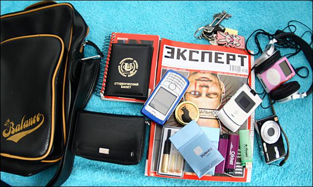 """...выложить содержимое своей сумки(ну или чего... в моем  """"чемодане """" new..."""