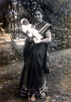 Shri Mataji with Kalpana