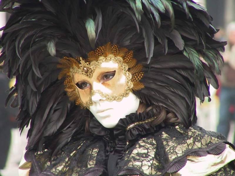 Венецианский карнавал 2012 Sad