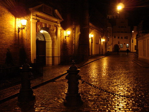 nochnaya-ulica.jpg