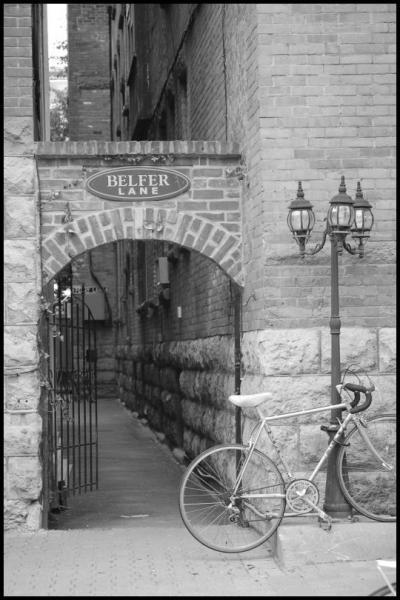Улица. Фонарь. Велосипед by Magon