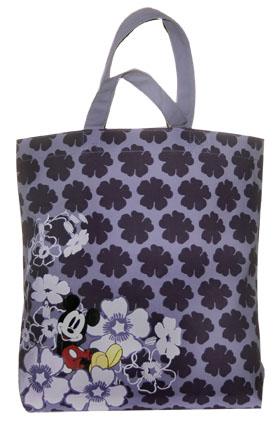 ...Mixx выпускает тряпичные сумки (totes) с цветными принтами и...