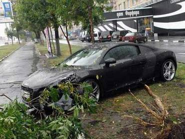 За сутки в Москве произошло более 2 000 ДТП
