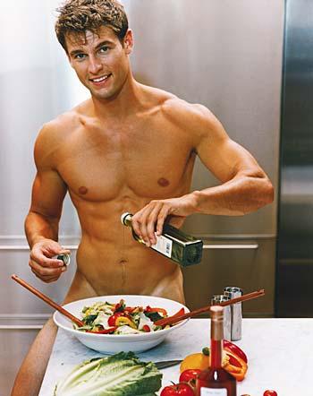 голый мужик в фартуке фото