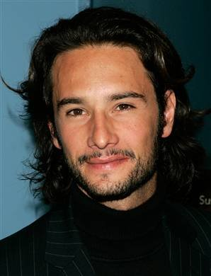 rodrigo santoro interview