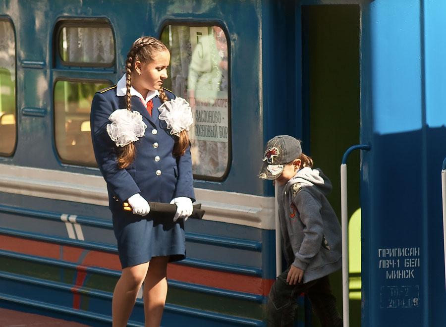 devushki-provodniki-foto