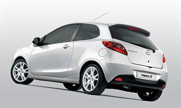Компактная Mazda2 получит трехдверную версию
