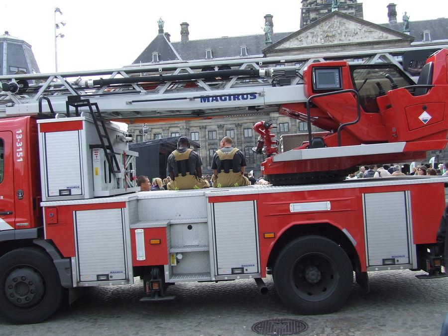 Почтальоны и пожарники Голландии