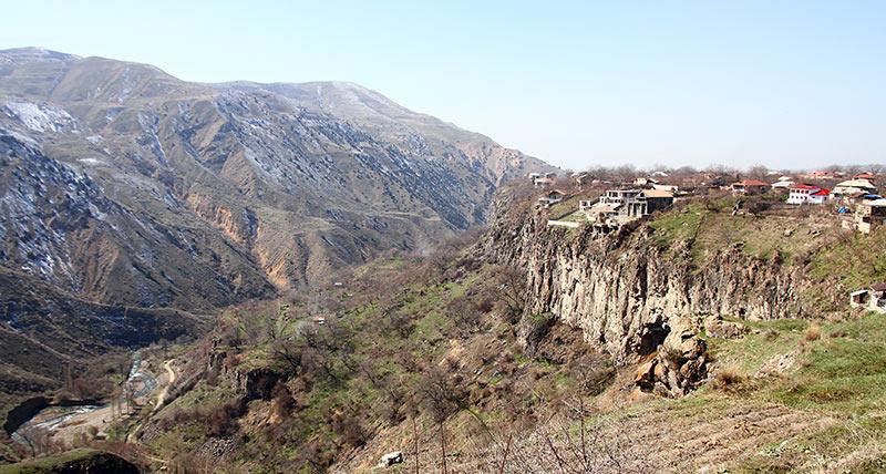Вірменія. Гори в Гарні