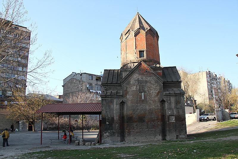 Вірменія. Єреван, церква Катогіке