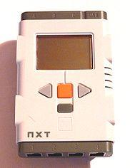 Миникомпьютер из набора NXT