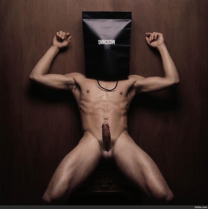 eroticheskoe-foto-parney-s-devushkami-modeley