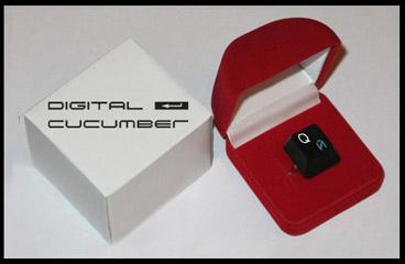 DIGITAL CUCUMBER - магический перстень QЙ