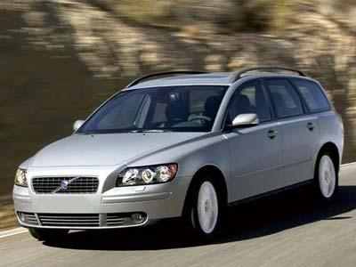 Volvo отзывает 82 000 автомобилей S40 и V50