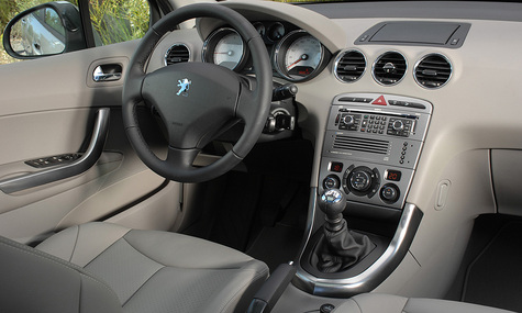 Peugeot 308 с горячим сердцем BMW