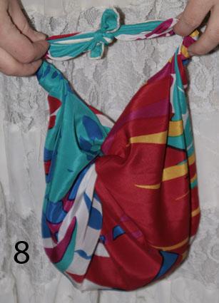 Как сделать эко-сумку из платка.  Шаг восьмой.