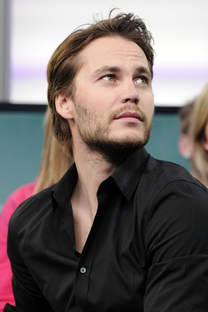 taylor kitsch fan