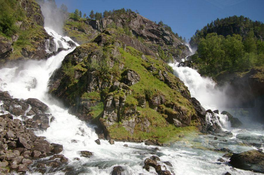 Водопад у города Odda