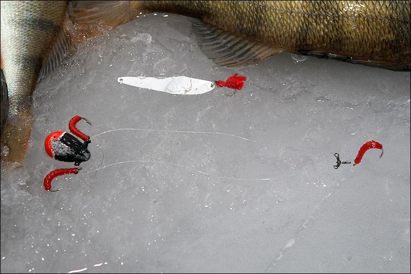 подледная рыбалка видео на окуня