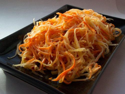 Дайкон салат с морковью и