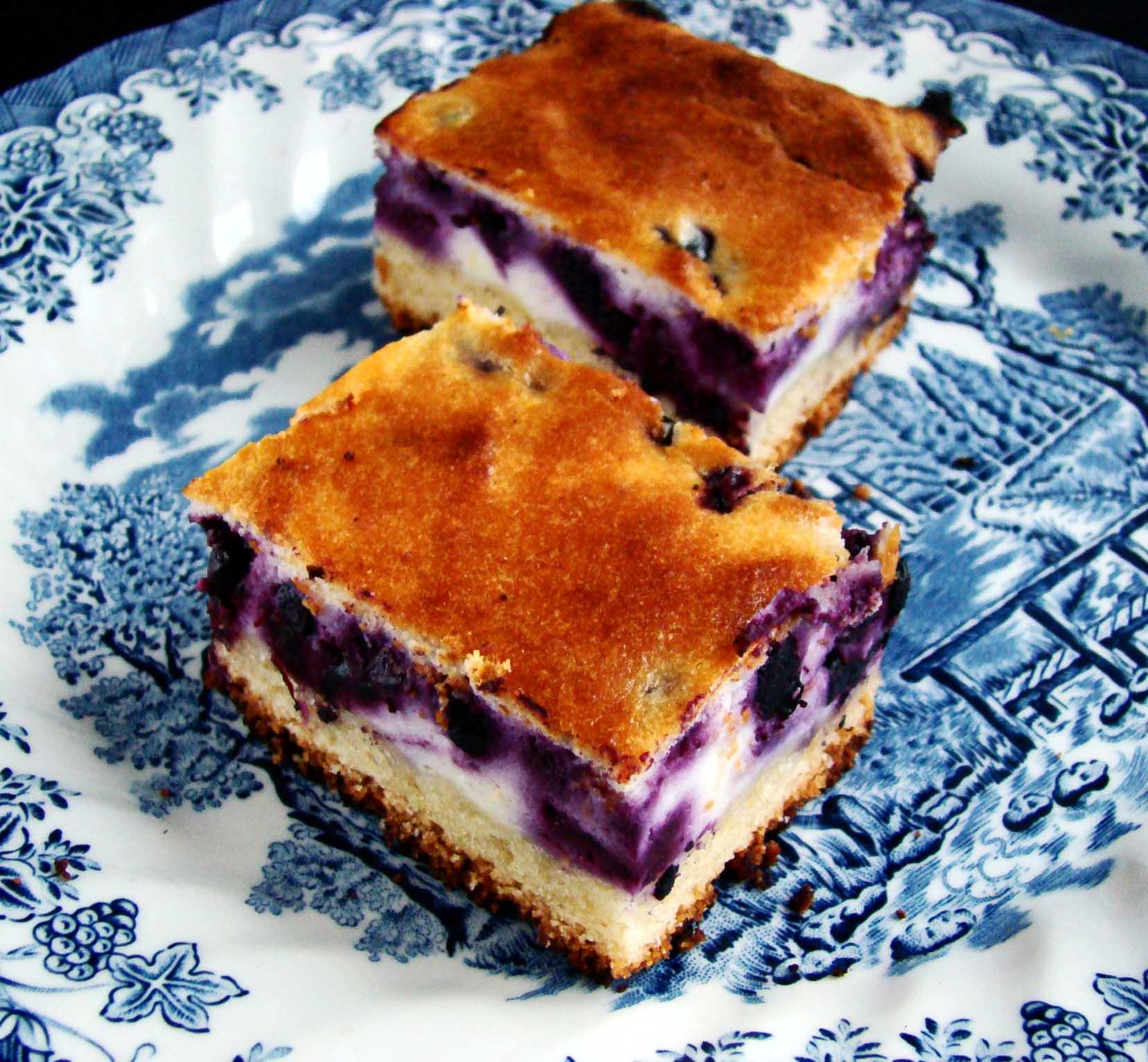 пирог с рикоттой и клубникой