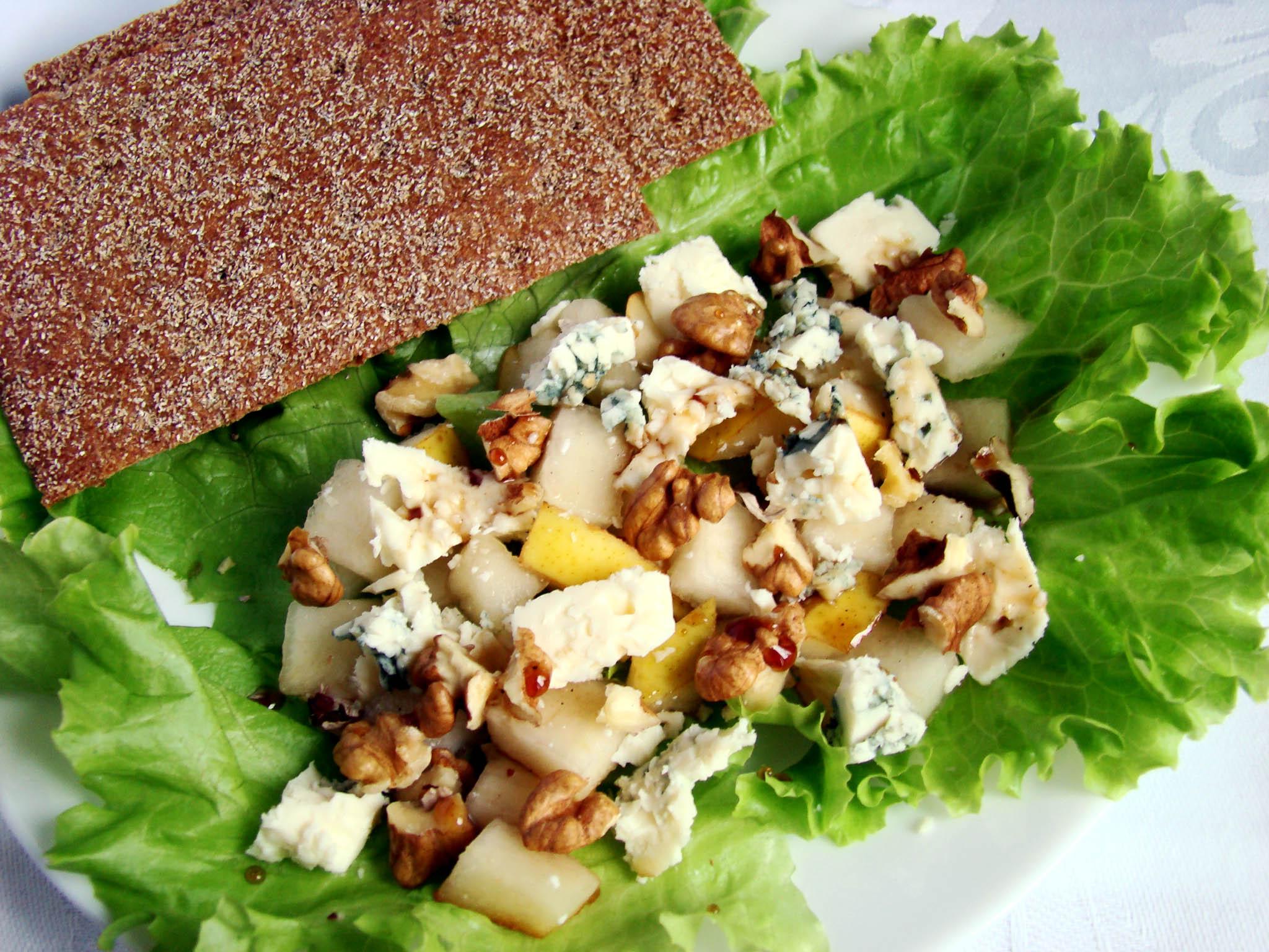 Салат с грецким орехом рецепт с очень вкусный