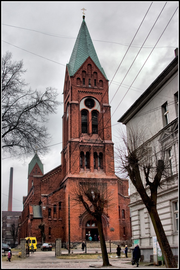 Свято-михайловский собор в Черняховске