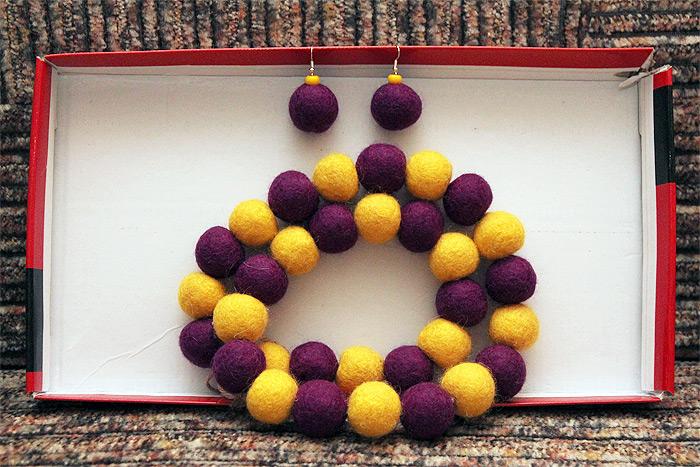 Желто-фиолетовый