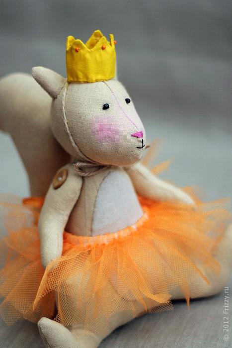 Белка балерина