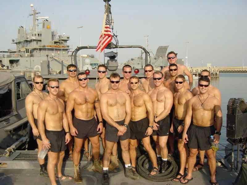 Военные голые нами