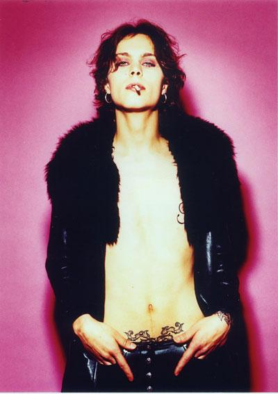 http://www.ljplus.ru/img4/g/i/girl_from_retro/HIM_ville-valo_.jpg