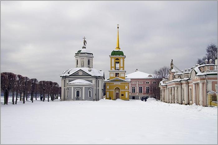 Усадьба Кусково. Церковь и колокольня