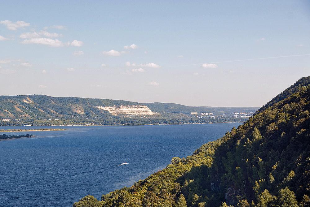 Вид на Волгу с горы Верблюд