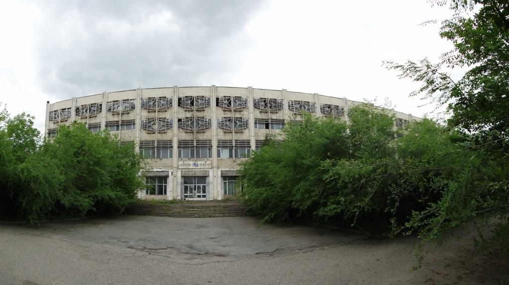 Институт радиоэлектроники и связи