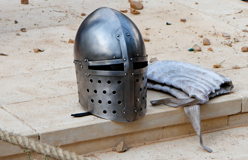 Шлем и подшлемник