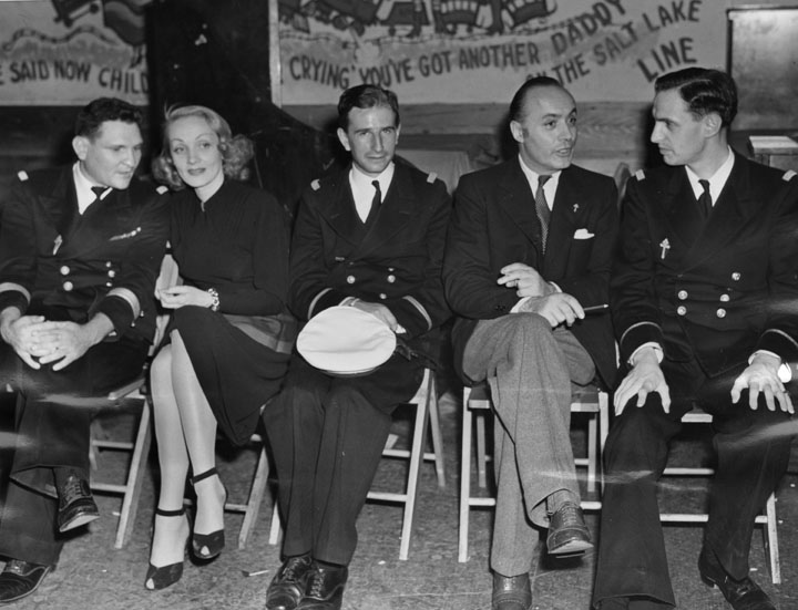 The USO in WWII Marlene-dietrich-and-charles-boyer-at-the-hollywood-canteen-1943