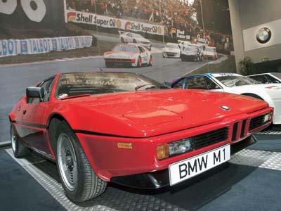 Легендарному BMW M1 исполняется 30 лет