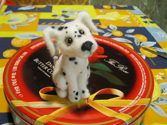Очень подробный мастер-класс по валянию собачки от Елены Смирновой.