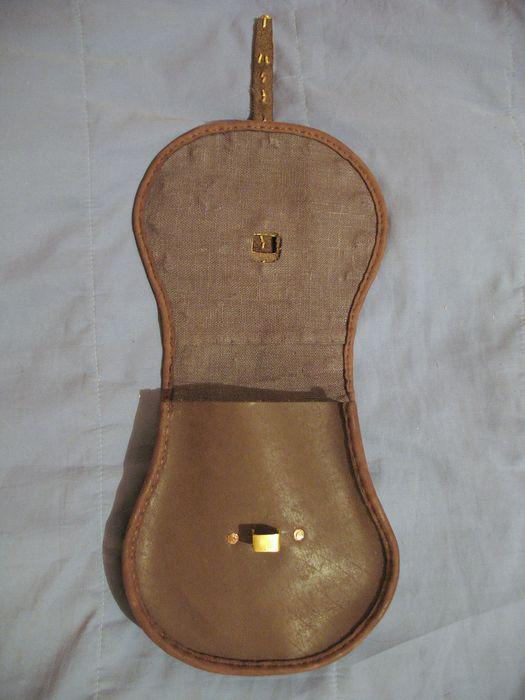 http://www.ljplus.ru/img4/l/e/leatherworker/IMG_8996.JPG