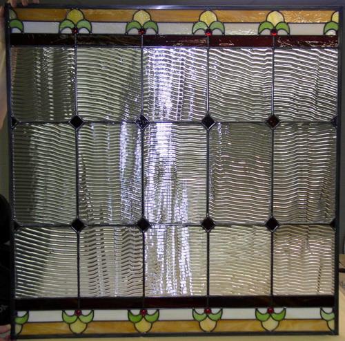 Повесить красивые декоративные шторы