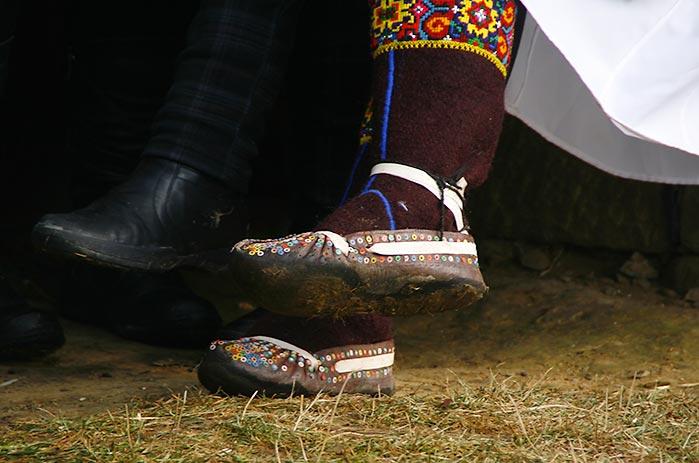 Взуття в Криворівні